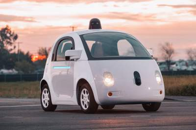 google-self-driving-car-prototype-front-three-quarters1__1478022374_96-85-221-242